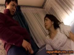 mature-japanese-chick-gets-fingered-part4