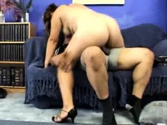 preggio-doggy-fucked-and-rides-on-top