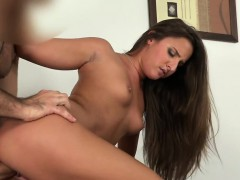 tanned-amateur-takes-creampie-in-casting