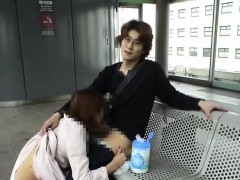 subtitled-japanese-public-blowjob-and-streaking-in-train