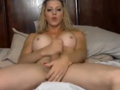 tranny-with-a-toy-in-her-ass-cums-on-her-hand