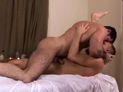 mature-muscular-masseur-plows-hunk-ass