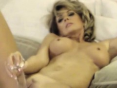 superb-milf-pleseared-herself-at-home