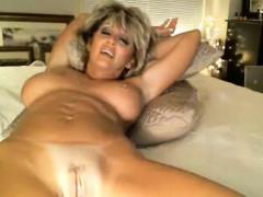 hot-sexy-milf-masturbates-on-the-bed
