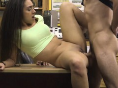 perky-tits-amateur-brunette-babe-nailed-at-the-pawnshop