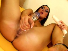 Horny Evelin uses two toys to get off while she performs for the camera