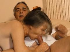 xxxomas-mature-german-granny-gets-to-taste-some-spunk