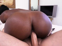 ebony chick simone styles gets her cunt stretched
