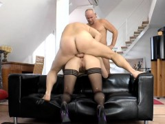 stockings-brit-cum-spray