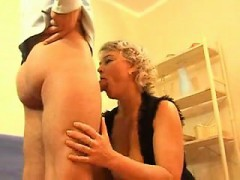 tesha-from-1fuckdatecom-seduced-by-a-horny-milf
