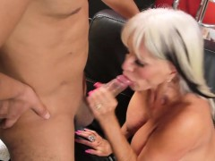 silver milf secretly loves young penis – Free Porn Video