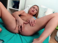 kinky and sexy bitch lucy heart hardcore anal sex