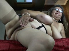 classy-granny-with-big-tities-and-rossie
