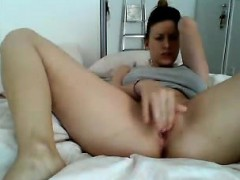 french-wet-cunt-yessenia-live