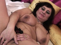huge-titted-mature-mumsy-playing-w-cherryl