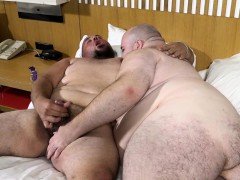 cum-for-me-chubby-bear