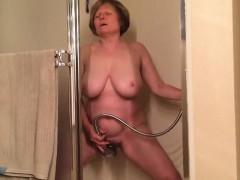 mom-includes-a-mad-orgasm
