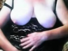 ladieserotic-bbw-shows-her-hairs