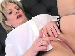 cheating-british-milf-lady-sonia-flashes-her-enormous-puppie