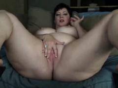 massive-boobies-feline-milf-arnette