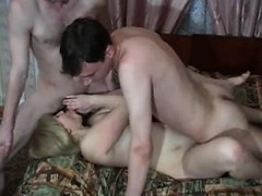 mother and 2 young boys kathrine from 1fuckdatecom