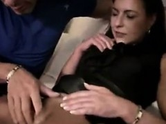 german-milf-pussy-is-squirting