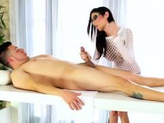 hot-masseuse-gets-cumshot