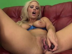 holly heart kinky blonde and solo