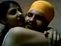 desi-punjabi-couple-making-love