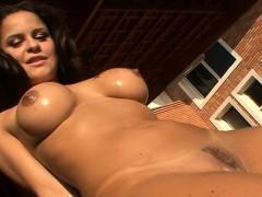 Tanned Brazilian Gorgeous Chick Rides Hard Strapon