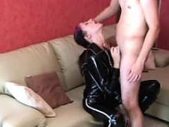 amateur-hunny-lapdance-with-fuck-a-toya