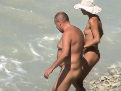 skinny wife penetrated on voyeur beach by big hubby