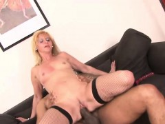 kinky-interracial-session-with-a-mature-slag