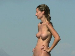 another-day-on-the-beach-with-the-hot-nudist-girls