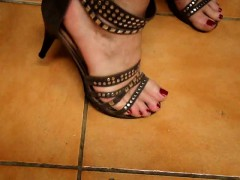 Tx Milf Play With Feet Yevette From 1fuckdatecom