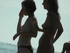 Gorgeous Amateur Nudists On Hidden Beach Cam Voyeur Video