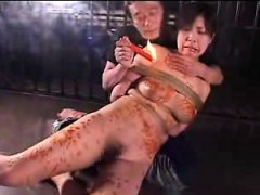 stacked-japanese-bondage-fetishist-gets-her-body-covered-in