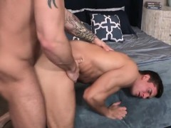 muscle-gay-anal-sex-and-creampie