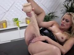 stellar-kitten-is-peeing-and-pleasuring-smooth-pussy