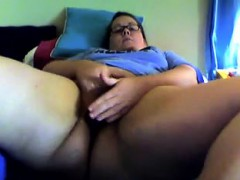 hairy-bbw-masterbating-on-cam-brittny-from-dates25com