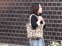 Naughty Asian Pissing