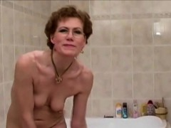 grandma-with-glasses-shaves-her-pussy