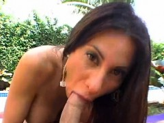 adorable-darling-is-giving-guy-a-zealous-oral-sex-session