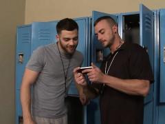 locker-room-chicken