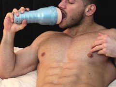 warming-up-on-the-fleshlight-before-anal