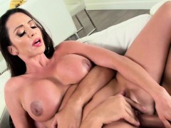 ariella-ferrera-in-walkin-on-cumshine