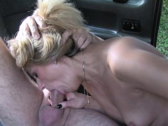 slim blonde rimming booty in taxi