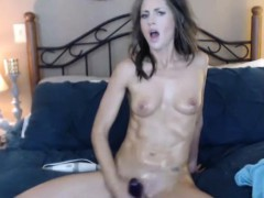 yummy-slender-milf-penetrates-herself-with-a-toy