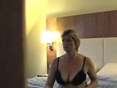 horny mature oil her cunt and her big boobs at home