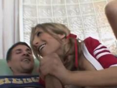 Sweet Cheerleader Blowjobs
